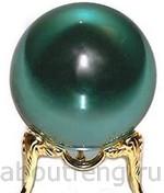 хрустальный шар зеленого цвета