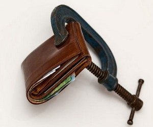 Как обращаться с монетками и денежными купюрами