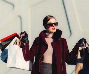 Почему женщины любят шопинг