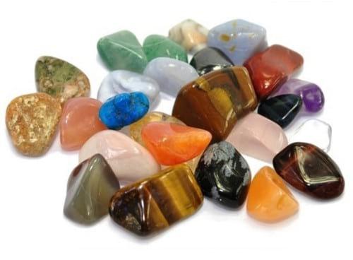 оберег из камней