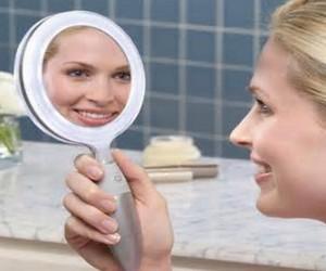 что нельзя говорить перед зеркалом